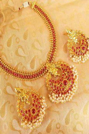 Lovely Pink Kemp Ganesha Temple Jewellery Set