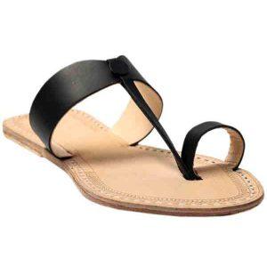 Attractive Looking Black Sandal Dor Ladies