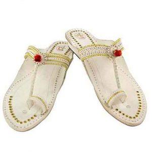 Marvelous Designer'S Golden Jari And Punching Design High Heel Ladies Kolhapuri Chappal