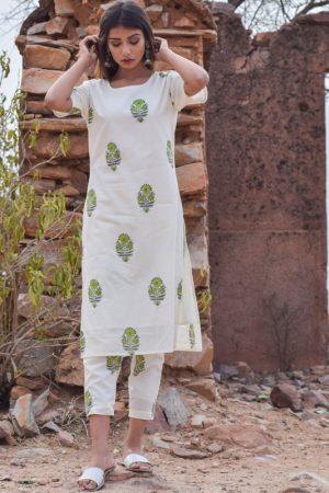 Shaamiya White Block Printed Pure Cotton Kurta