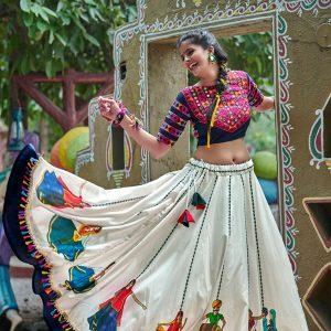 Raas Navy & Off White Colour Digital Printed & Lace Work Navratri Lehenga Choli